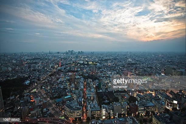 夕暮れ時の東京