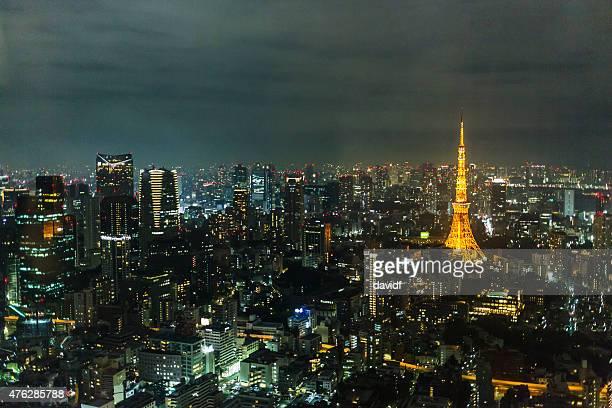 東京の塔、日本の夜