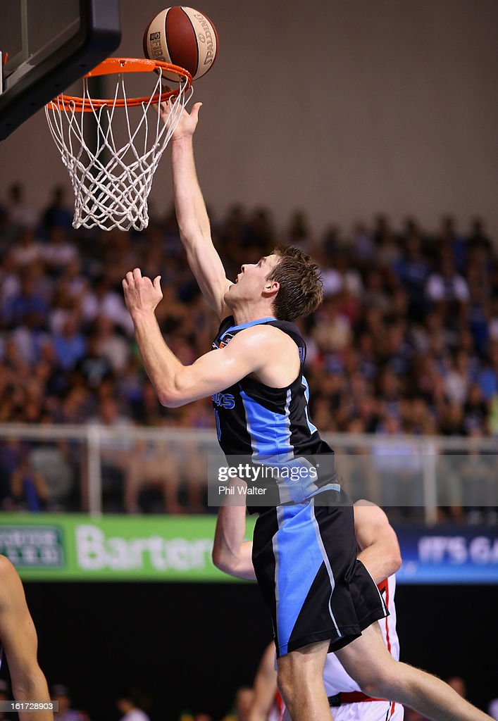 Tom Abercrombie of the Breakers lays up the ball during the round 18 NBL match between the New Zealand Breakers and the Wollongong Hawks at the North Shore Events Centre on February 15, 2013 in Auckland, New Zealand.
