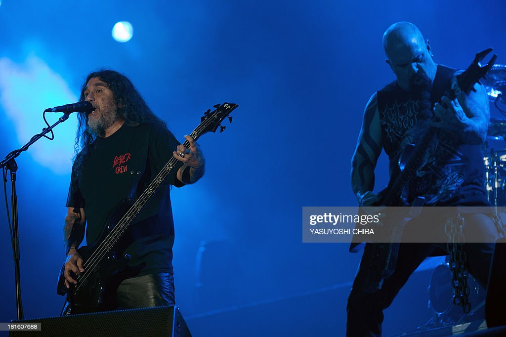 Tom Araya (L) and Kerry King of US thrash metal band Slayer perform during the final day of the Rock in Rio music festival in Rio de Janeiro, Brazil, on September 22, 2013.
