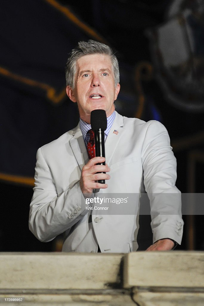 <a gi-track='captionPersonalityLinkClicked' href=/galleries/search?phrase=Tom+Bergeron&family=editorial&specificpeople=663624 ng-click='$event.stopPropagation()'>Tom Bergeron</a> performs during a rehearsal for the 'A Capitol Fourth 2013 Independence Day Concert' on the West Lawn of the US Capitol on July 3, 2013 in Washington, DC.