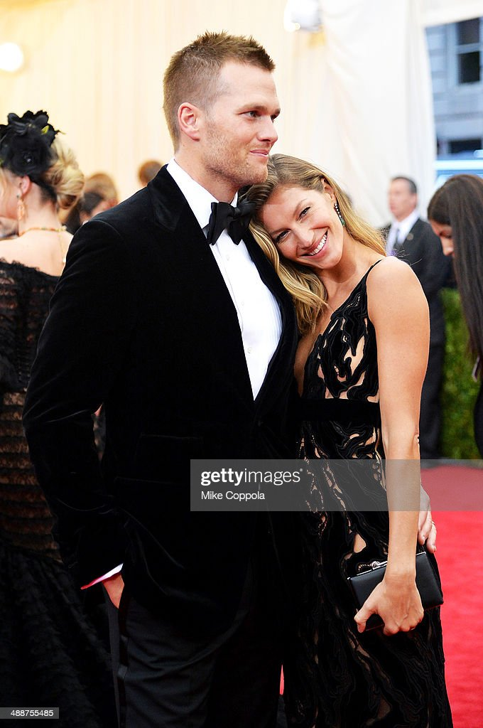 Tom Brady (L) and Gisele Bundchen attend the 'Charles James: Beyond Fashion' Costume Institute Gala at the Metropolitan Museum of Art on May 5, 2014 in New York City.