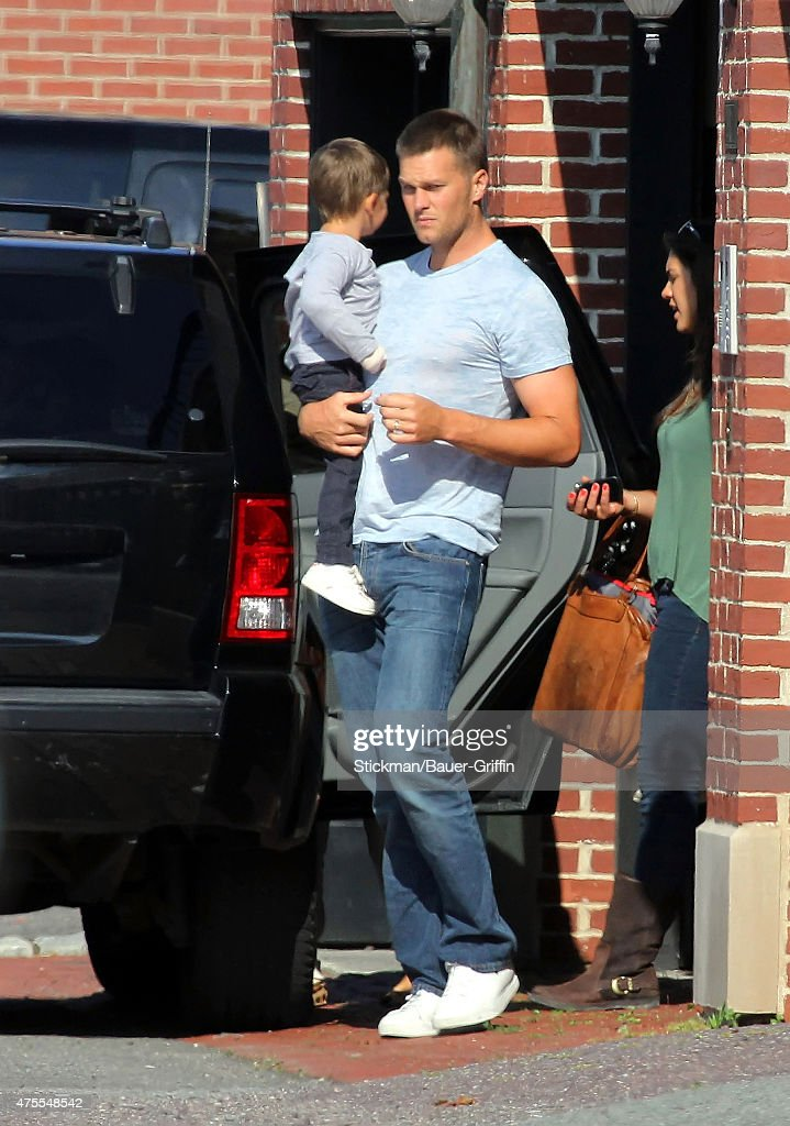 <a gi-track='captionPersonalityLinkClicked' href=/galleries/search?phrase=Tom+Brady+-+American+Football+Quarterback&family=editorial&specificpeople=201737 ng-click='$event.stopPropagation()'>Tom Brady</a> and his son <a gi-track='captionPersonalityLinkClicked' href=/galleries/search?phrase=Benjamin+Brady&family=editorial&specificpeople=6928070 ng-click='$event.stopPropagation()'>Benjamin Brady</a> are seen on August 11, 2012 in Boston, Massachusetts.