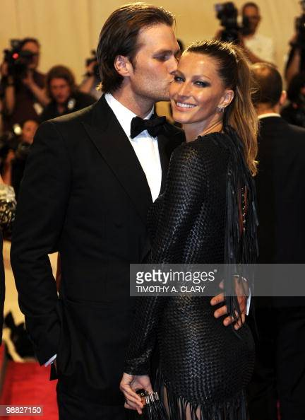 Tom Brady and model Gisele Bündchen attends the Costume Institute Gala Benefit to celebrate the opening of the 'American Woman Fashioning a National...