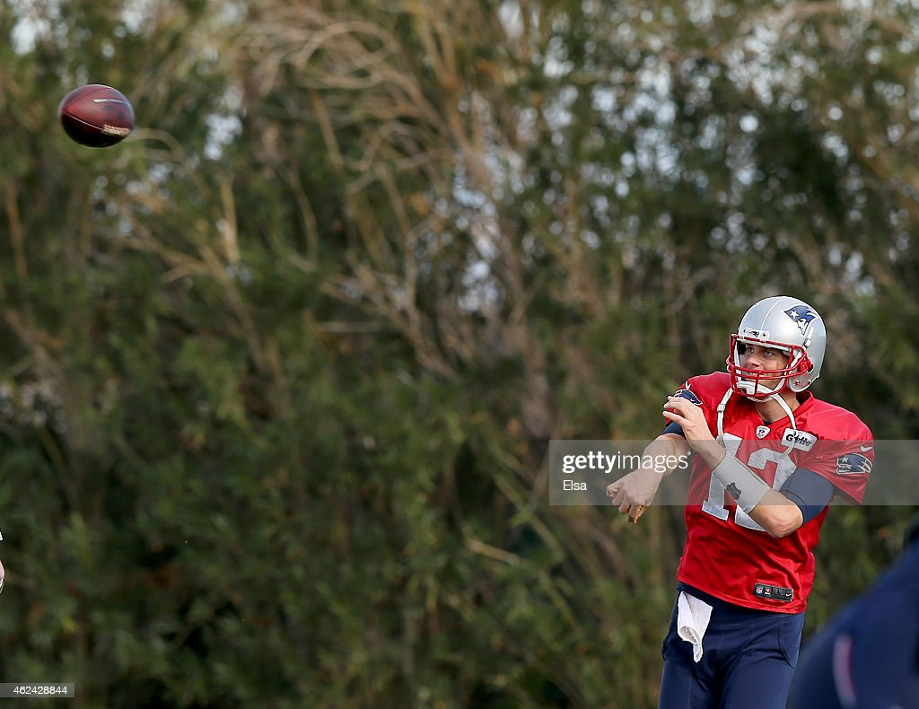 <a gi-track='captionPersonalityLinkClicked' href=/galleries/search?phrase=Tom+Brady+-+American+football-quarterback&family=editorial&specificpeople=201737 ng-click='$event.stopPropagation()'>Tom Brady</a> #12 of the New England Patriots throws the ball during the New England Patriots Super Bowl XLIX Practice on January 28, 2015 at the Arizona Cardinals Practice Facility in Tempe, Arizona.