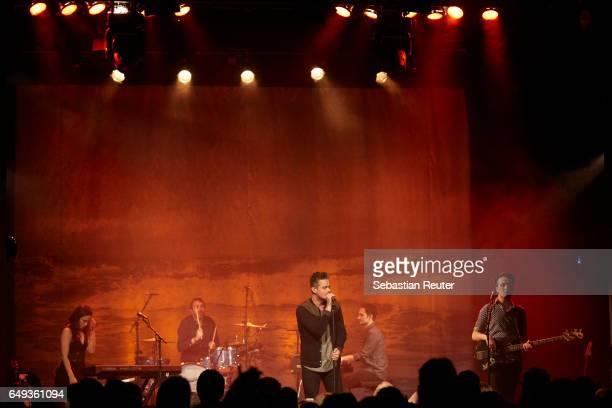 Tom Chaplin performs at Heimathafen Neukoelln on March 7 2017 in Berlin Germany