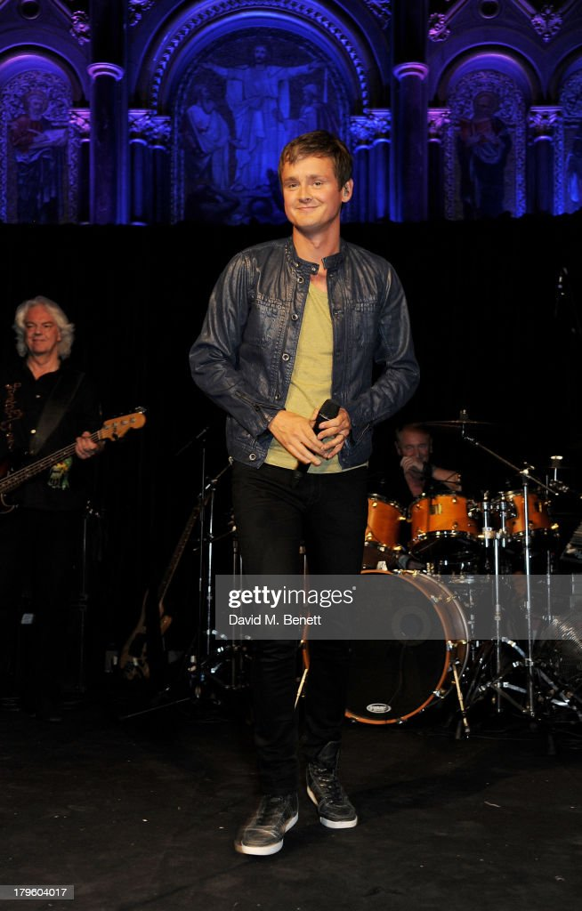<a gi-track='captionPersonalityLinkClicked' href=/galleries/search?phrase=Tom+Chaplin+-+Musician&family=editorial&specificpeople=239522 ng-click='$event.stopPropagation()'>Tom Chaplin</a> performs at the Queen AIDS Benefit in support of The Mercury Phoenix Trust at One Mayfair on September 5, 2013 in London, England.