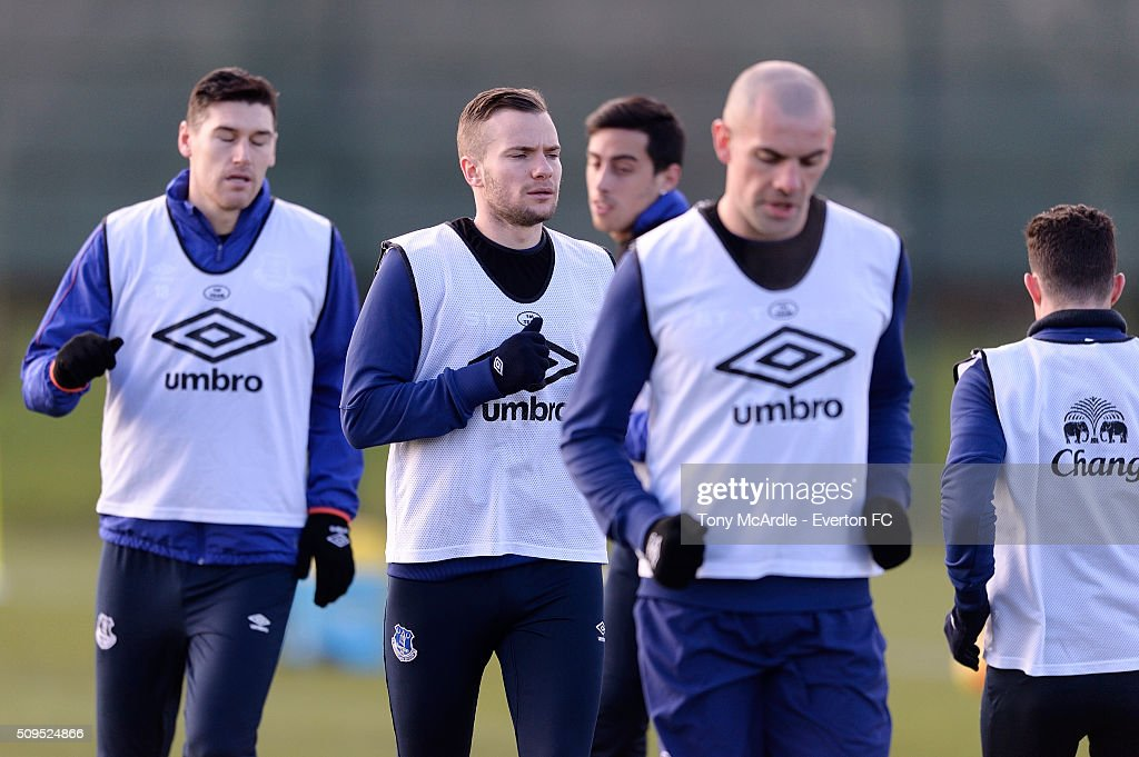 Tom Cleverley and team mates during the Everton training session at Finch Farm on February 11, 2016 in Halewood, England.