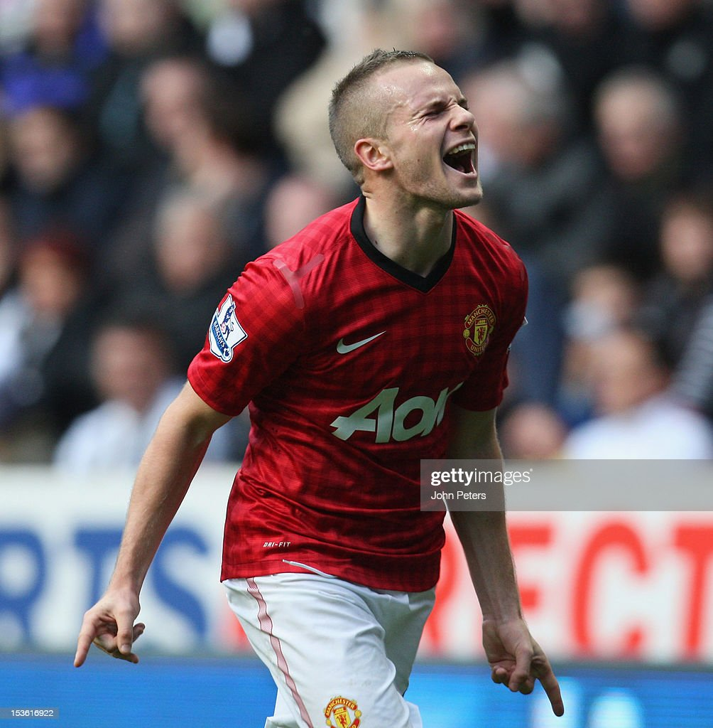 <a gi-track='captionPersonalityLinkClicked' href=/galleries/search?phrase=Tom+Cleverley&family=editorial&specificpeople=4192565 ng-click='$event.stopPropagation()'>Tom Cleverley</a> of Manchester United celebrates scoring their third goal during the Barclays Premier League match between Newcastle United and Manchester United at Sports Direct Arena on October 7, 2012 in Newcastle upon Tyne, England.