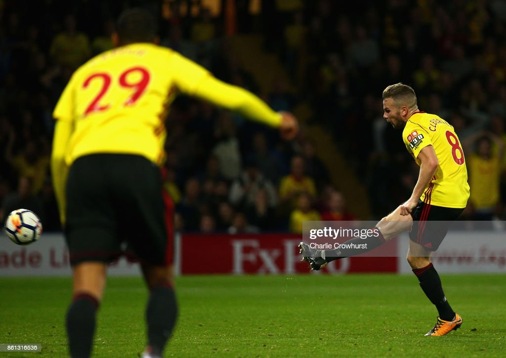 Tom Cleverley of Watford (8) scores their second goal during the Premier League match between Watford and Arsenal at Vicarage Road on October 14, 2017 in Watford, England.