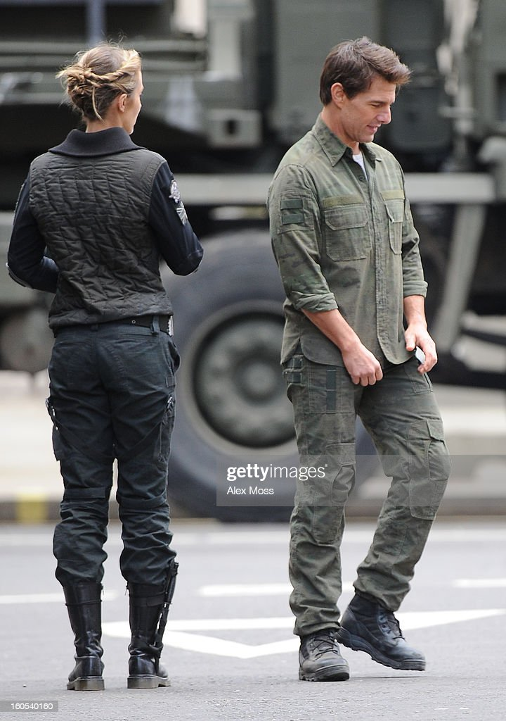 <a gi-track='captionPersonalityLinkClicked' href=/galleries/search?phrase=Tom+Cruise&family=editorial&specificpeople=156405 ng-click='$event.stopPropagation()'>Tom Cruise</a> and <a gi-track='captionPersonalityLinkClicked' href=/galleries/search?phrase=Emily+Blunt&family=editorial&specificpeople=213480 ng-click='$event.stopPropagation()'>Emily Blunt</a> seen on the film set of 'All You Need Is Kill' on February 2, 2013 in London, England.