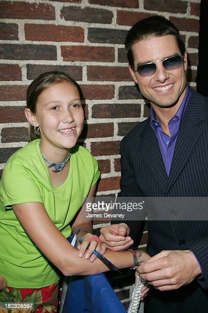 Tom Cruise and Lindsay Blankenship of Tulsa OK during Tom Cruise and Dax Shepard Visit the Late Show with David Letterman August 4 2004 at Ed...