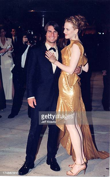 Tom Cruise and Nicole Kidman during The 72nd Annual Academy Awards Vanity Fair Party at Morton's in Los Angeles California United States