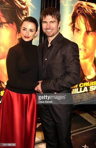 Tom Cruise And Penelope Cruz 'Vanilla Sky' Premiere At The Empire Leicester Square Party At The Dorchester Hotel London