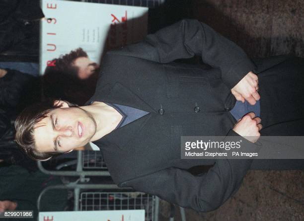 Tom Cruise arrives at the Empire Leicester Square for the Gala Premiere of his latest film Jerry Maguire Photo by Michael Stephens/PA