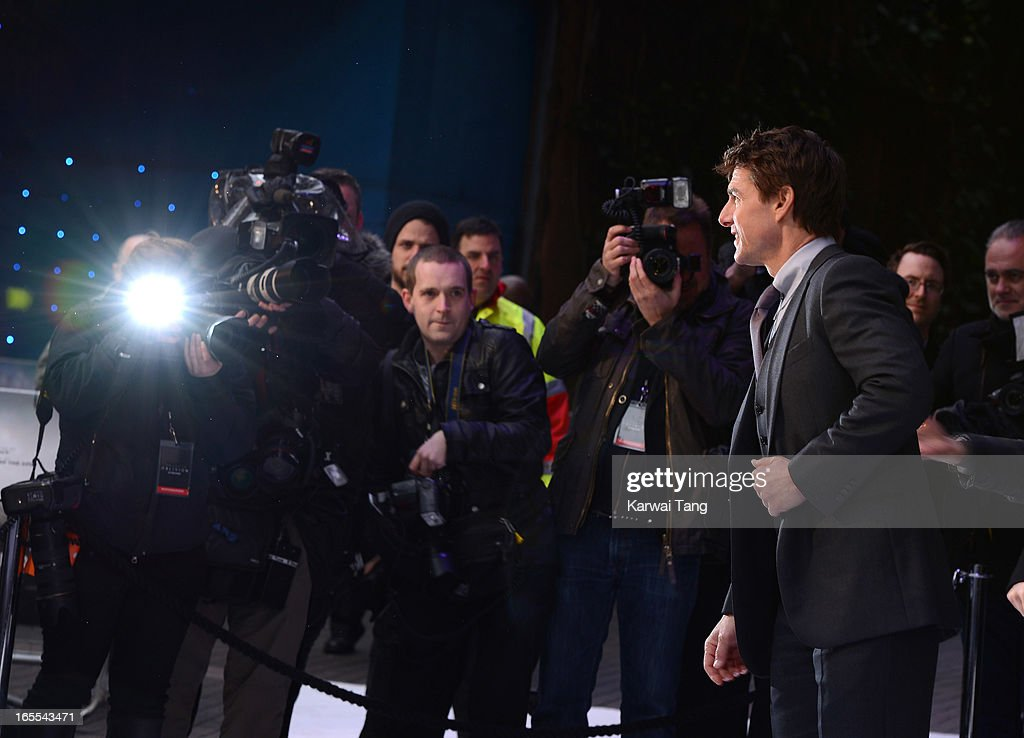 Tom Cruise attends the UK premiere of 'Oblivion' at BFI IMAX on April 4, 2013 in London, England.