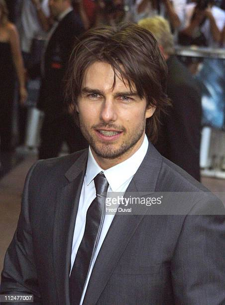 Tom Cruise during 'Minority Report' London Premiere at Odeon Leicester Square in London Great Britain