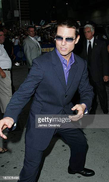 Tom Cruise during Tom Cruise and Dax Shepard Visit the Late Show with David Letterman August 4 2004 at Ed Sullivan Theatre in New York City New York...
