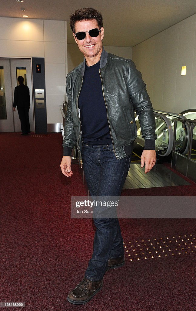 <a gi-track='captionPersonalityLinkClicked' href=/galleries/search?phrase=Tom+Cruise&family=editorial&specificpeople=156405 ng-click='$event.stopPropagation()'>Tom Cruise</a> is seen upon arrival at Tokyo International Airport on May 6, 2013 in Tokyo, Japan.