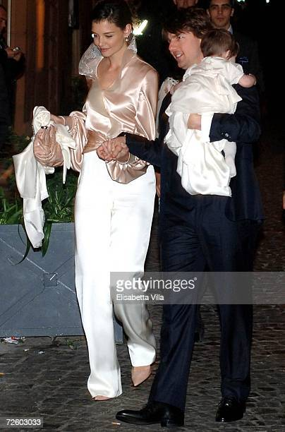 Tom Cruise Katie Holmes and their daughter Suri arrives in a restaurant in central Rome on November 16 2006 in Rome Italy