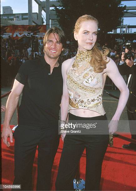 Tom Cruise Nicole Kidman during 'Mission Impossible 2' Los Angeles Premiere at Mann Chinese Theatre in Hollywood California United States