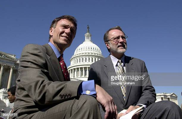 Tom Daschle DSD and David E Bonior DMich before the start of the minimum wage press conference