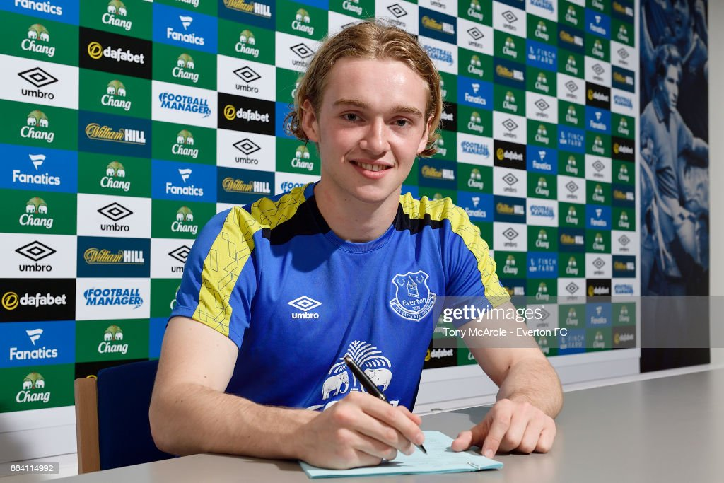 Tom Davies of Everton poses for a photo as he signs a new contract at USM Finch Farm on April 3, 2017 in Halewood, England.