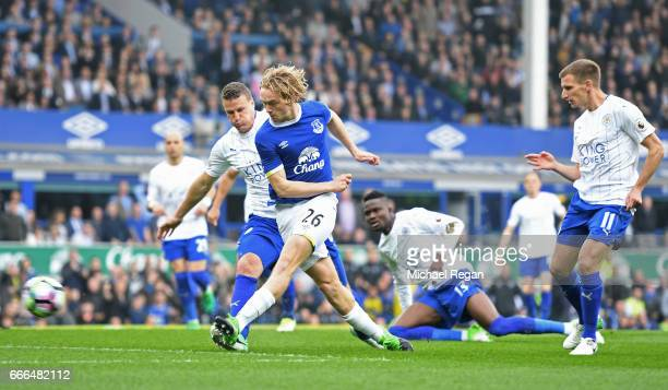 Tom Davies of Everton scores the opening goal during the Premier League match between Everton and Leicester City at Goodison Park on April 9 2017 in...