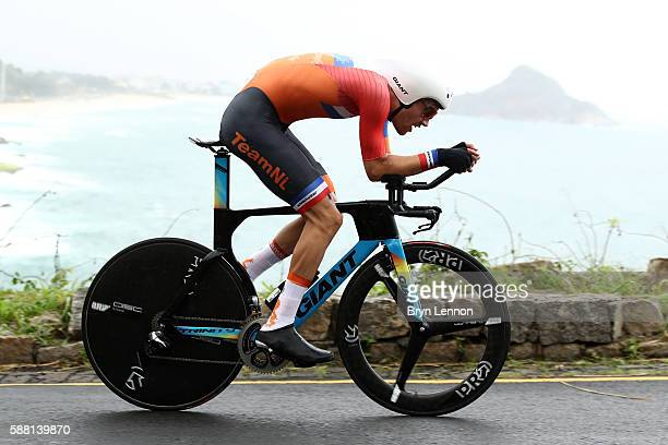 Tom Dumoulin of the Netherlands competes in the Cycling Road Men's Individual Time Trial on Day 5 of the Rio 2016 Olympic Games at Pontal on August...