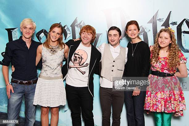 OUT** Tom Felton Emma Watson Rupert Grint Daniel Radcliffe Bonnie Wright and Jessie Cave attend a photocall for Harry Potter and the HalfBlood Prince...