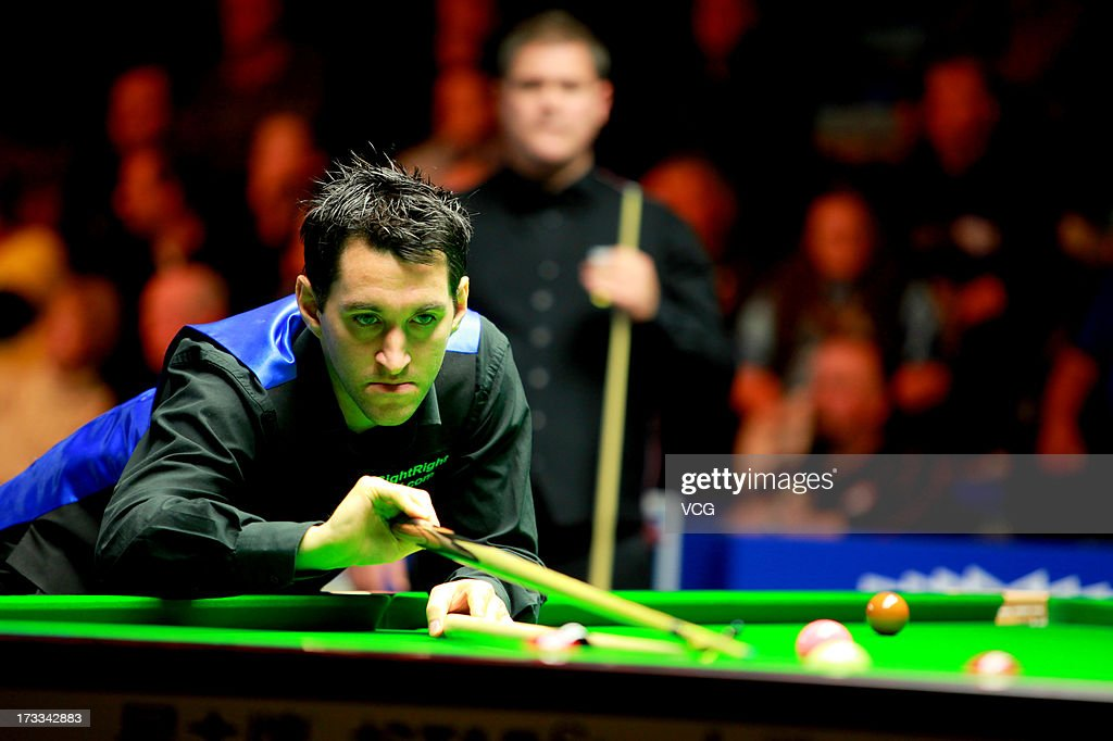 Tom Ford of England plays a shot during the quarter-final match against Robert Milkins of England on day four of the World Snooker Australia Open at the Bendigo Stadium on July 12, 2013 in Bendigo, Australia.