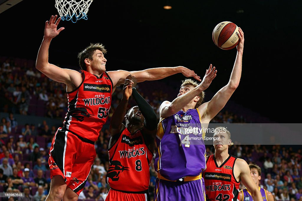 Tom Garlepp of the Kings lays up during the round three NBL match between the Sydney Kings and the Perth Wildcats at Sydney Entertainment Centre in October 27, 2013 in Sydney, Australia.