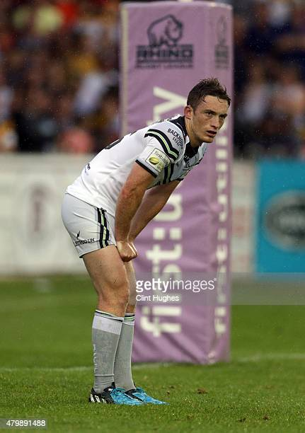 Tom Gilmore of Widnes Vikings in action during the First Utility Super League match between Castleford Tigers and Widnes Vikings at The Jungle on...