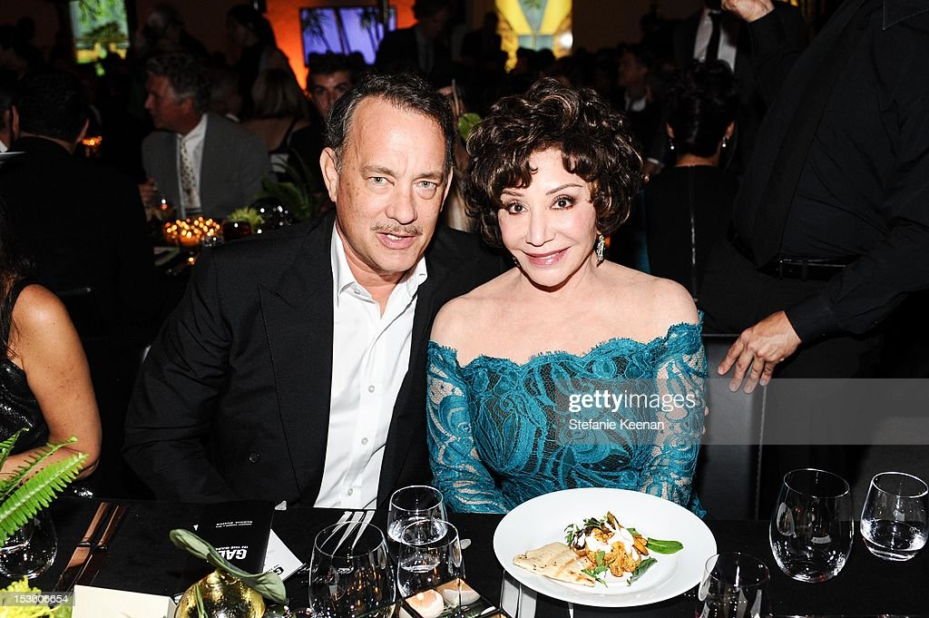 <a gi-track='captionPersonalityLinkClicked' href=/galleries/search?phrase=Tom+Hanks&family=editorial&specificpeople=201790 ng-click='$event.stopPropagation()'>Tom Hanks</a> and <a gi-track='captionPersonalityLinkClicked' href=/galleries/search?phrase=Lynda+Resnick&family=editorial&specificpeople=3055679 ng-click='$event.stopPropagation()'>Lynda Resnick</a> attend 2012 Hammer Gala at Hammer Museum on October 6, 2012 in Westwood, California.