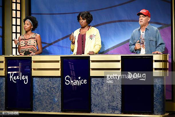 LIVE 'Tom Hanks' Episode 1708 Pictured Sasheer Zamata as Keely Leslie Jones as Shanice and Tom Hanks as Doug during the 'Black Jeopardy' sketch on...