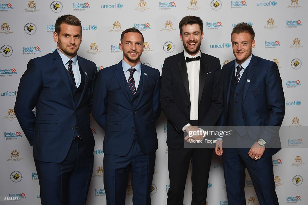 Tom Heaton, <a gi-track='captionPersonalityLinkClicked' href=/galleries/search?phrase=Danny+Drinkwater&family=editorial&specificpeople=4224396 ng-click='$event.stopPropagation()'>Danny Drinkwater</a>, <a gi-track='captionPersonalityLinkClicked' href=/galleries/search?phrase=Jack+Whitehall&family=editorial&specificpeople=5726669 ng-click='$event.stopPropagation()'>Jack Whitehall</a> and <a gi-track='captionPersonalityLinkClicked' href=/galleries/search?phrase=Jamie+Vardy&family=editorial&specificpeople=8695606 ng-click='$event.stopPropagation()'>Jamie Vardy</a> pose during the England Footballers Foundation charity event at Sopwell House on May 29, 2016 in St Albans, England.