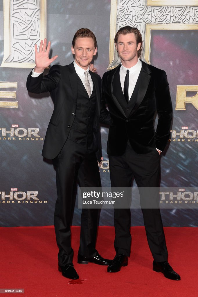 Tom Hiddleston and Chris Hemsworth arrive for