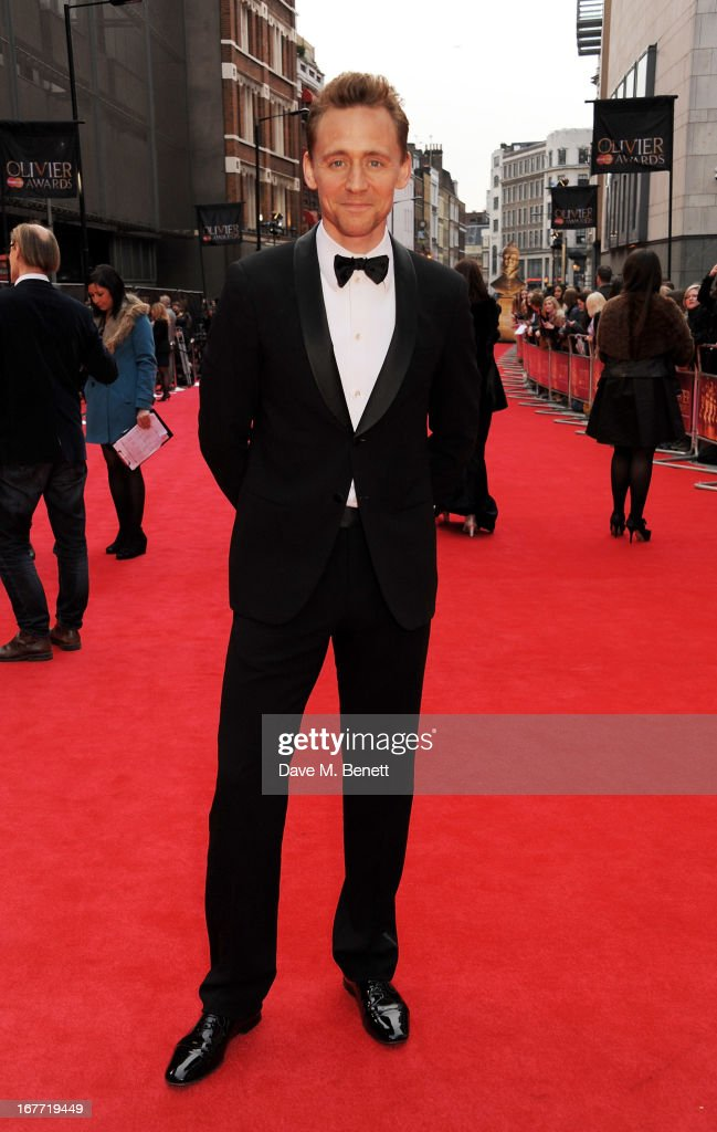 Tom Hiddleston arrives at The Laurence Olivier Awards 2013 at The Royal Opera House on April 28, 2013 in London, England.