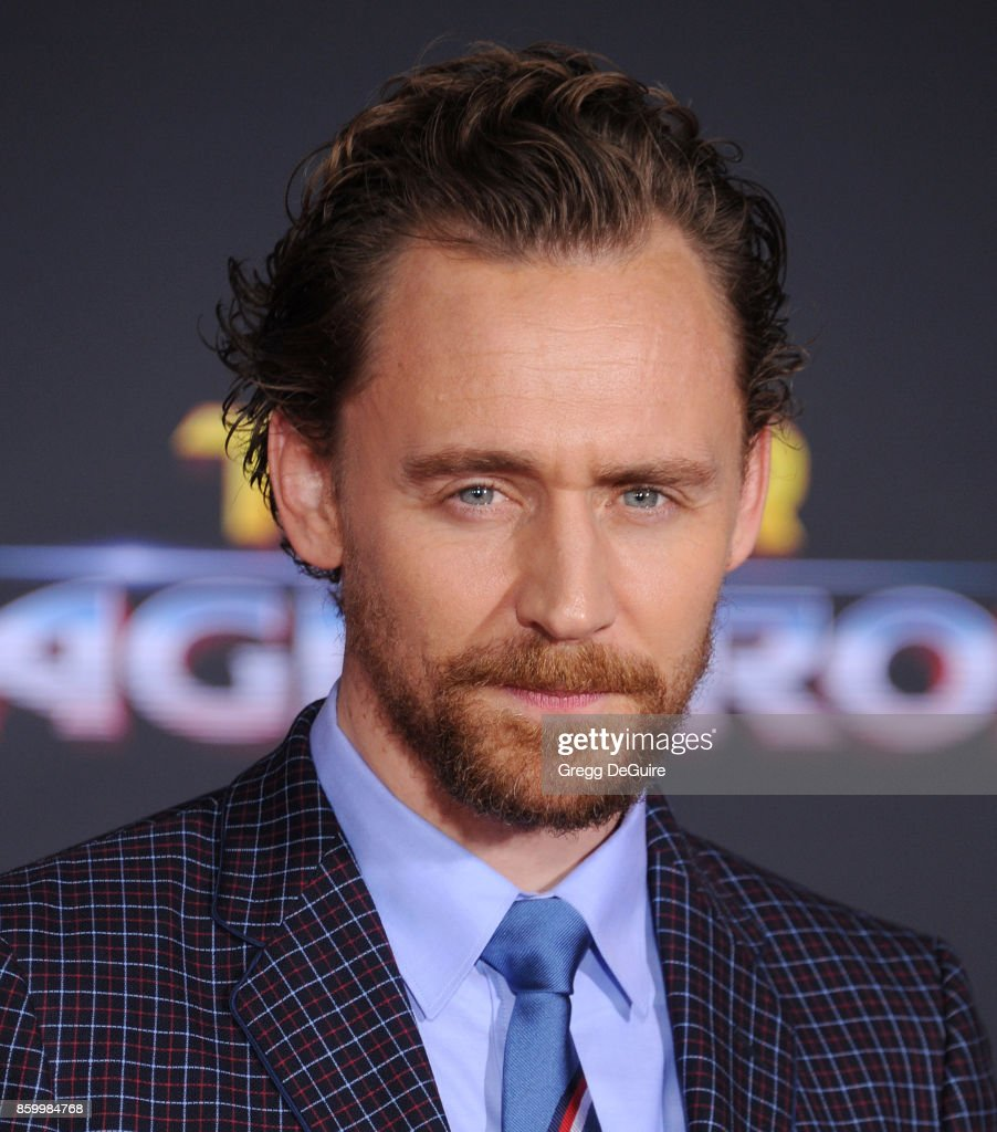 Tom Hiddleston arrives at the premiere of Disney and Marvel's 'Thor: Ragnarok' at the El Capitan Theatre on October 10, 2017 in Los Angeles, California.