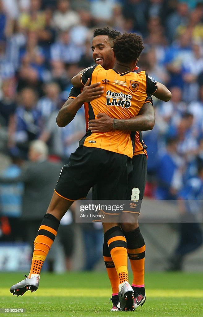 Tom Huddlestone of Hull City celebrates victory in the Bet Championship Play Off Final match between Hull City and Sheffield Wednesday at Wembley Stadium on May 28, 2016 in London, England.