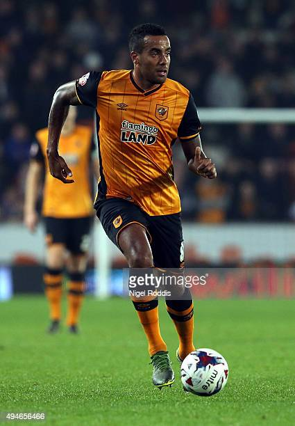 Tom Huddlestone of Hull City in action during the Capital One Cup Fourth Round match between Hull City and Leicester City at KC Stadium on October 27...