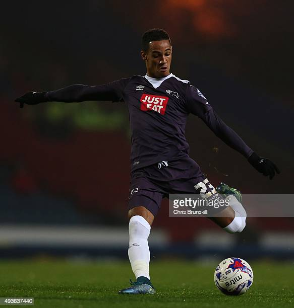 Tom Ince of Derby County shoots at goal during the Sky Bet Championship match between Blackburn Rovers and Derby County at Ewood Park on October 21...