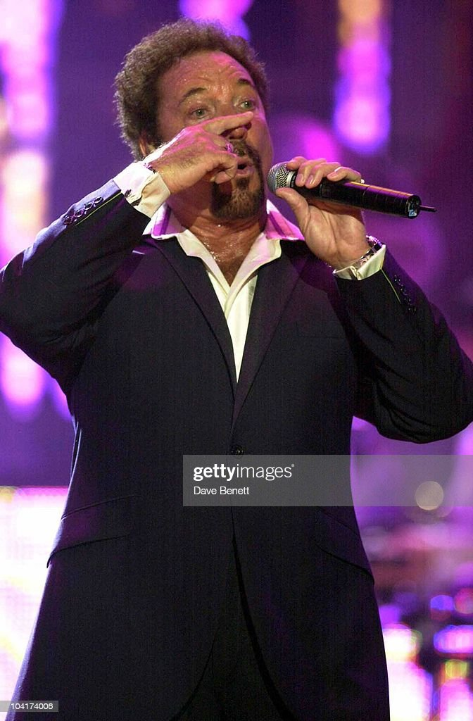 Tom Jones, Rehearsals For The Brit Awards 2003, At Earl's Court, London