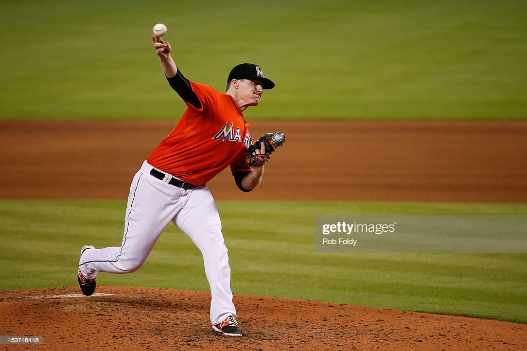 <a gi-track='captionPersonalityLinkClicked' href=/galleries/search?phrase=Tom+Koehler&family=editorial&specificpeople=7551557 ng-click='$event.stopPropagation()'>Tom Koehler</a> #34 of the Miami Marlins pitches during the fourth inning of the game against the Arizona Diamondbacks at Marlins Park on August 17, 2014 in Miami, Florida.