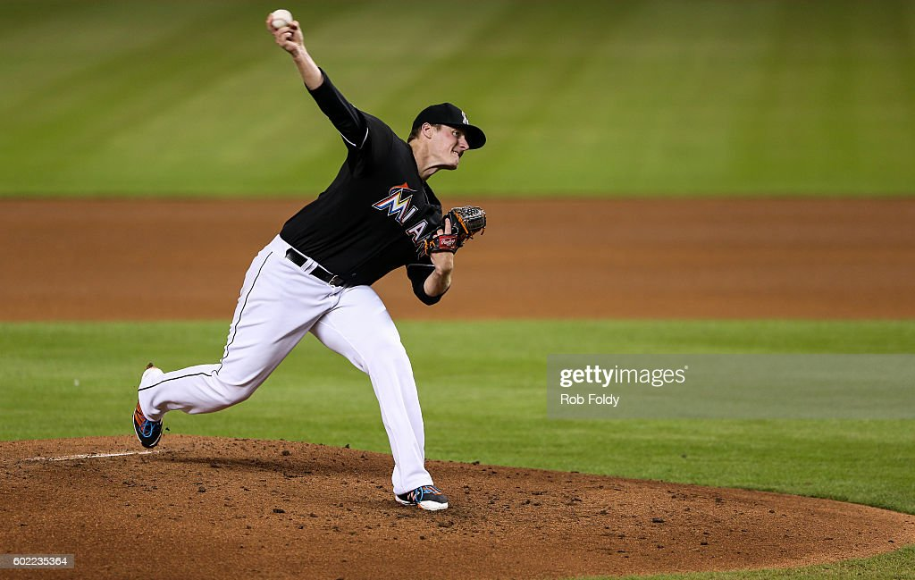 Tom Koehler #34 of the Miami Marlins pitches during the fourth inning of the game against the Los Angeles Dodgers at Marlins Park on September 10, 2016 in Miami, Florida.