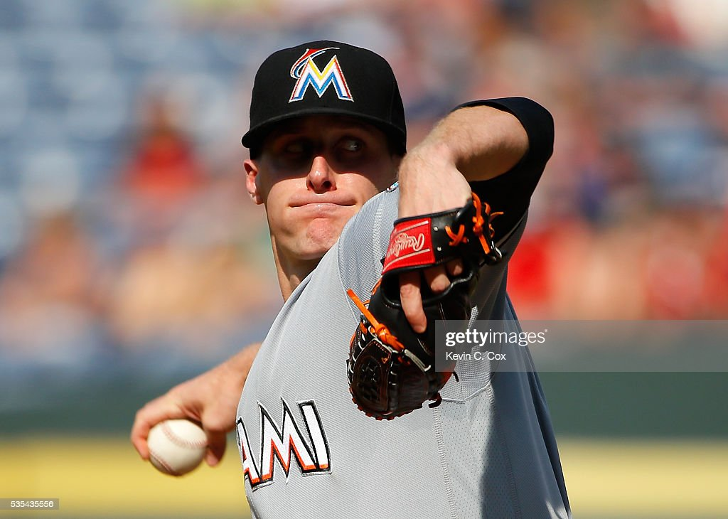 Tom Koehler #34 of the Miami Marlins pitches in the first inning against the Atlanta Braves at Turner Field on May 29, 2016 in Atlanta, Georgia.