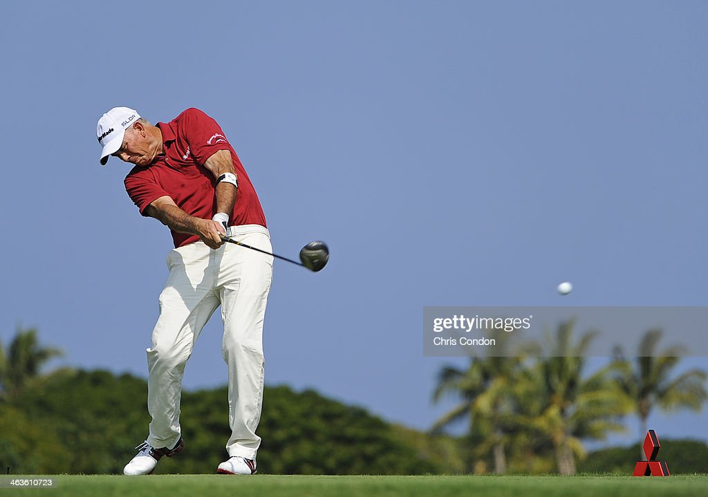 KA'UPULEHUKONA HI JANUARY 18 Tom Lehman plays from the second tee during the second round of the Mitsubishi Electric Championship at Hualalai Golf...