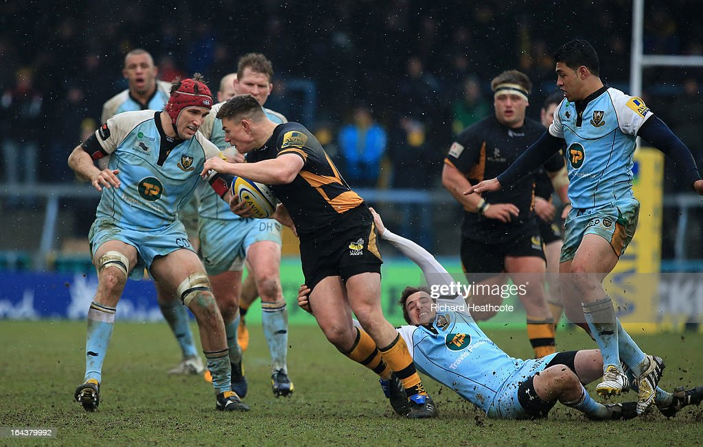 Tom Lindsay of London Wasps looks for a way through the Northampton Saints defence during the Aviva Premiership match between London Wasps and Northampton Saints at Adams Park on March 23, 2013 in High Wycombe, England.