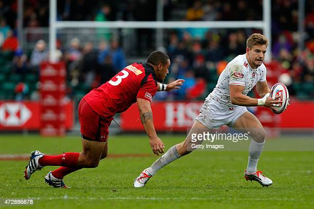 Tom Mitchell of England in action during the Emirates Airline Glasgow Sevens Round eight of the HSBC Sevens World Series at Scotstoun Stadium on May...