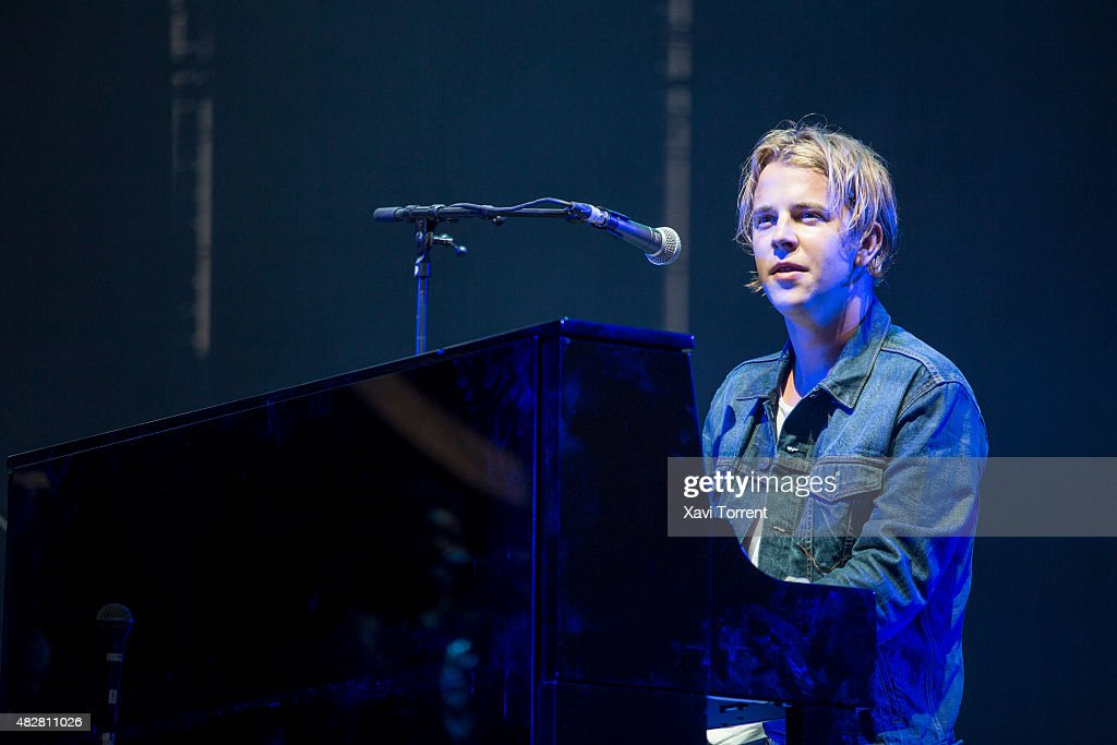 Tom Odell performs on stage at Arenal Sound on August 2 2015 in Burriana Spain